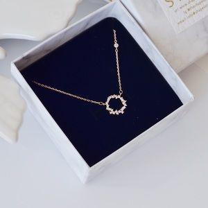 New! Chic Circle Pendant Zirconia Necklace